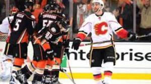 Flames vs Anaheim PO 17 G1 Image 8